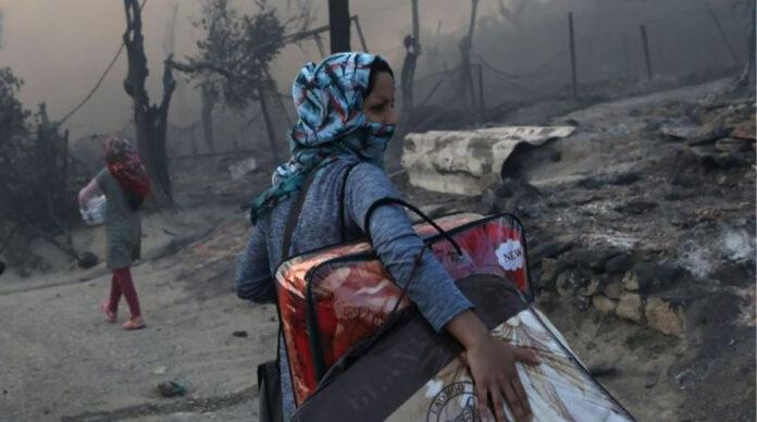 Un incendiu a distrus cea mai mare tabara de refugiati din Grecia