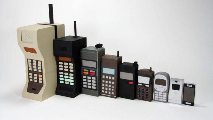 Creatorul telefonului mobil, socat de creatia sa
