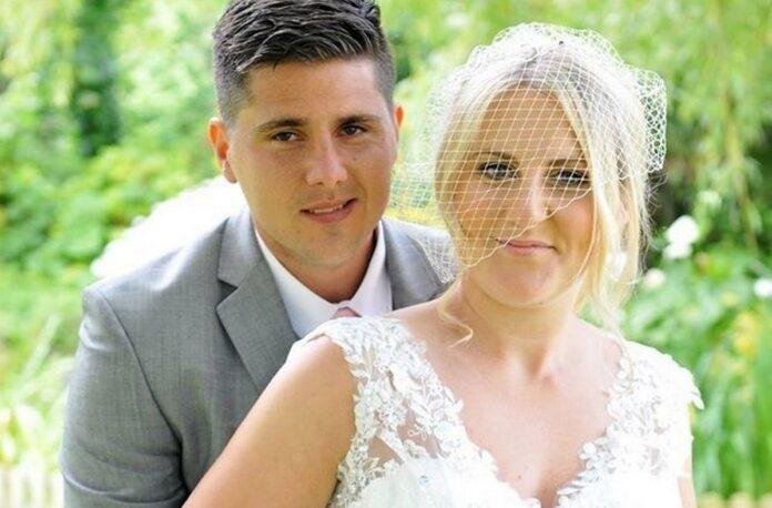 Sotul i-a murit, chiar dupa nunta. Cand femeia a privit pozele din ziua nuntii, a observat un detaliu terifiant