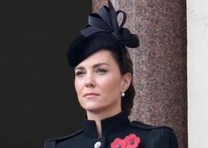 Trucul lui Kate Middleton pentru un ten perfect. Este ieftin si la indemana oricui