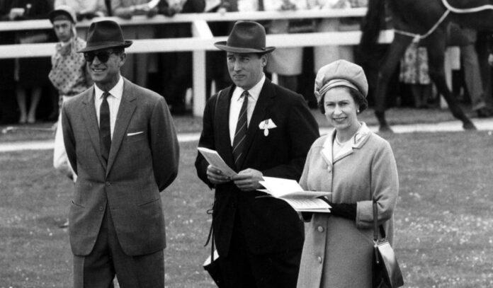 Cine a fost amantul Reginei Elisabeta a II-a. Cu el l-a inselat pe Printul Philip, ba chiar ar fi facut si un copil